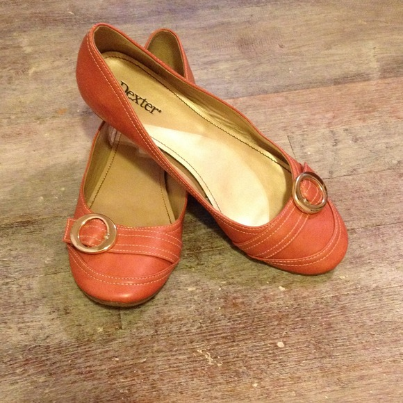 Dexter Super Cute Salmon Colored Flats From Sara S