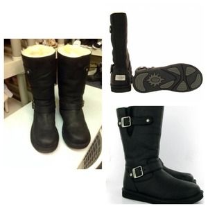 UGG Shoes - Uggs kensington Ridding Boots Size 6 for women.