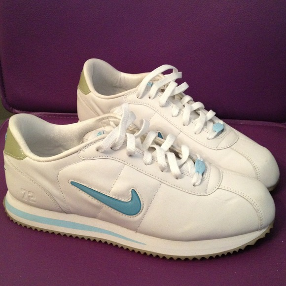sports shoes 2649c 4682b White and Baby Blue Nike Cortez Deluxe