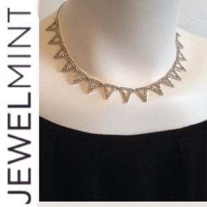 Jewelmint Jewelry - 🎉HP🎉 Jewelmint Statement Necklace