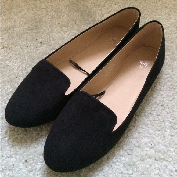 c64db838c46 H M Loafers
