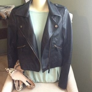 Preowned faux leather zara jacket size medium