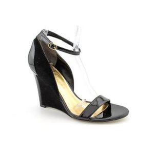 Ivanka Trump Shoes - 🎉Black Ankle Strap Heels