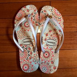 Havaianas Slim white orange copper flip flops 7/8
