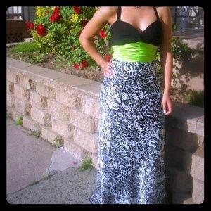 Dresses & Skirts - Prom dress :).