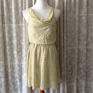 Jodi Kristopher Dresses & Skirts - 🍀 SALE Yellow and grey print dress