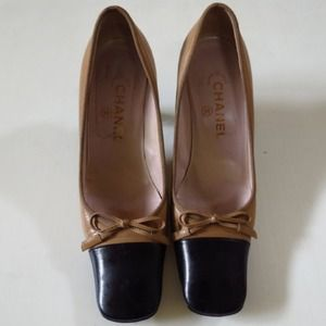 CHANEL classic nude heels Made in Italy