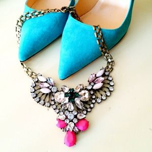 Jewelry - NEW Pink and Green Statement Necklace