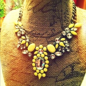 Jewelry - NEW Chartreuse Statement Necklace