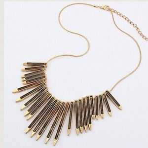 Jewelry - NEW Antique Gold Statement Necklace