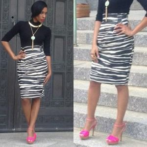 Vintage Dresses & Skirts - Black & White Leather Skirt!