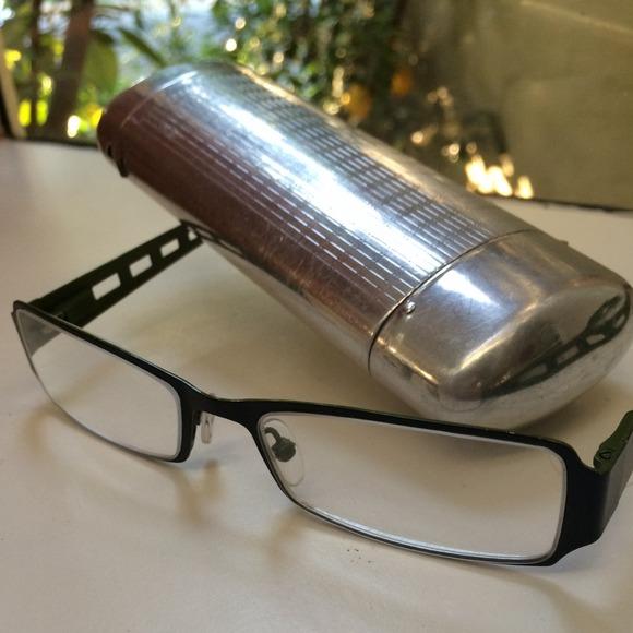 fce57ec7ce16 Accessories - Wire Frame Reading Glasses   Silver Vintage Case