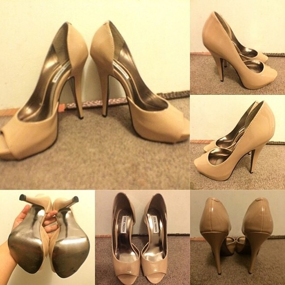 Steve Madden Emele nude patent leather pumps