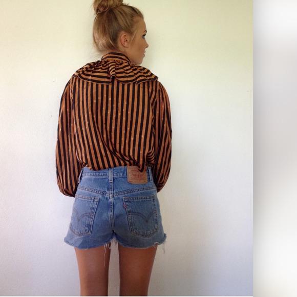 Oscar de la Renta Tops - vintage Oscar de la Renta striped blouse