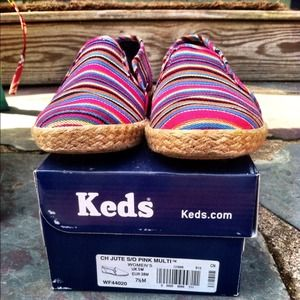 keds Shoes - RESERVED for @wahawaha Keds 7.5 striped slide