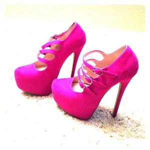 Shoedazzle Shoes - NWT Magenta High Heels