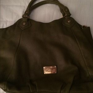 Olive leather oversized Marc Jacobs bag