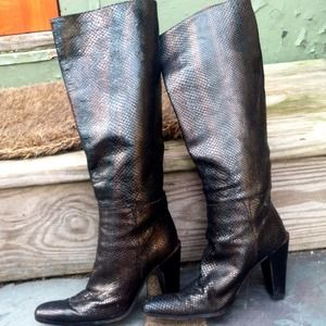 DKNY Boots - Authentic DKNY black leather snake boots