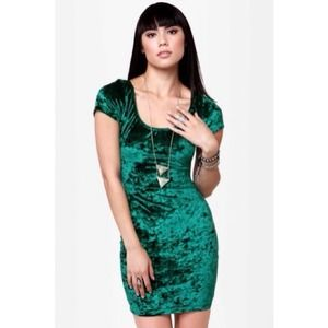 Rad Girl Green Velvet Dress *NEW*