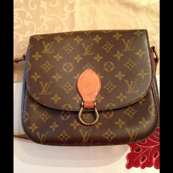 fcb5496e1d4d Louis Vuitton Handbags - Vintage Louis Vuitton Saint Cloud GM crossbody