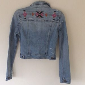 American eagle distressed denim jacket S