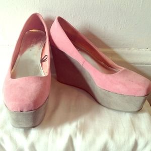 H&M Shoes - Easter pink wedges