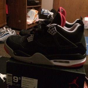 8d64e0c44f00 Jordan Shoes - Used but still looks good