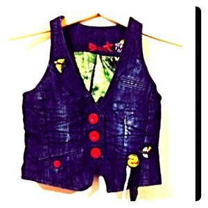 Tops - Gorgeous Jeans Vest With Red Big Buttons