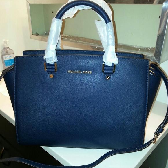 b9f0267b32ae new zealand michael kors selma handbag navy 8e987 a22ce
