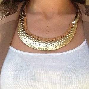 Jewelry - Gold plated statement necklace