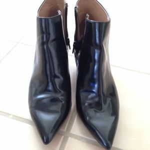 Zara Shoes - Zara basic festival leather ankle boots booties