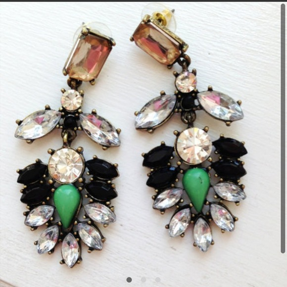 Jewelry - ❗2 COLORS!❗ Gorgeous Multicolor Everest Earrings 4