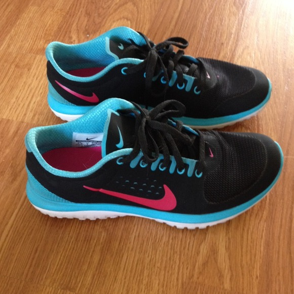 Nike Shoes | Nike Womens Fitsole 75