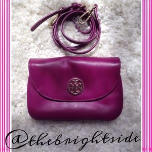 Tory Burch Handbags - ✨Tory Burch Crossbody Clutch ✨