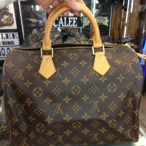 100% Authentic Louis Vuitton Speedy 30 monogram