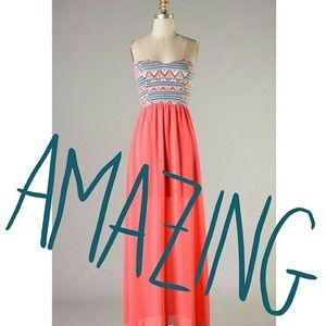 Dresses & Skirts - Coral Tribal Maxi Dress