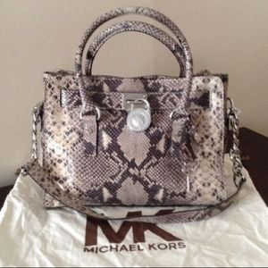 Michael Kors Hamilton Bag