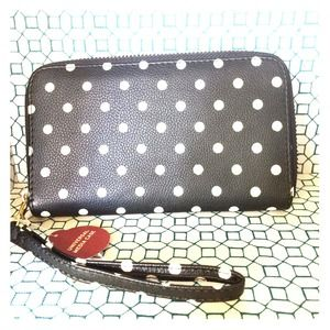 Polka dot wallet with detachable wristlet