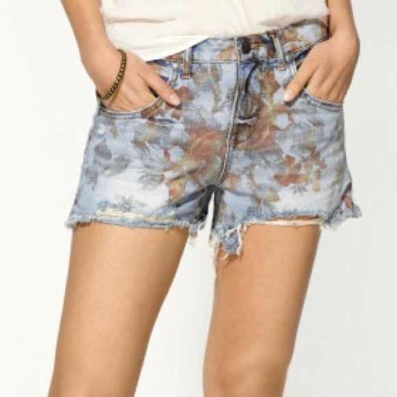 bf87b735de Free People Denim - Free People Floral Denim Shorts
