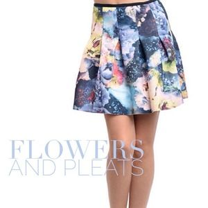 Galaxy Floral Pleated Bubble Skirt
