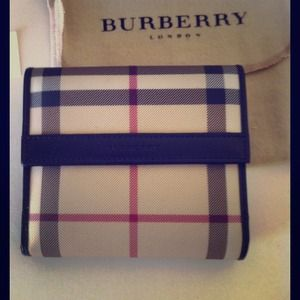 Authentic Burberry Classic Nova Check Wallet