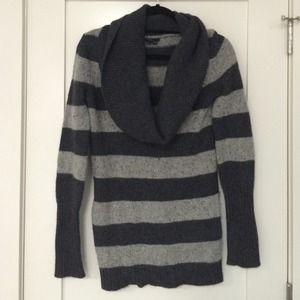 Theory cashmere blend striped sweater