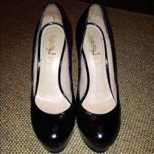 Yves Saint Laurent Shoes - REDUCED Black YSL Pumps