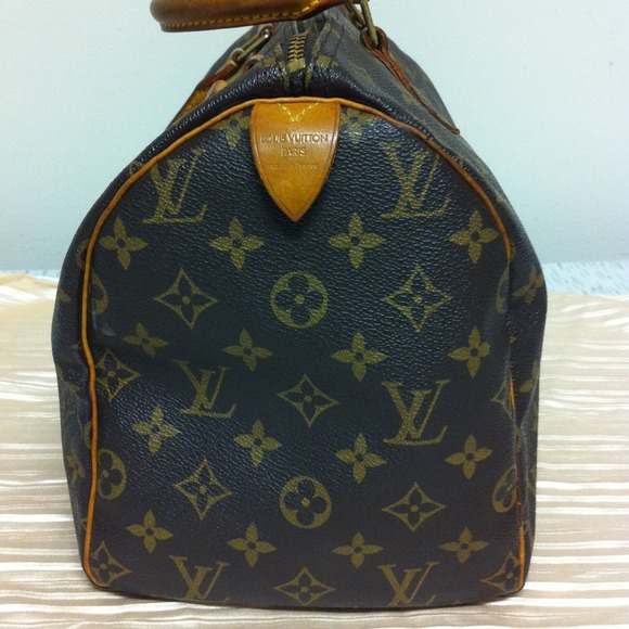 Louis Vuitton Bags - 🌺RESERVED 😘