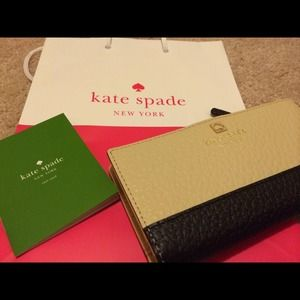 kate spade Clutches & Wallets - Authentic Kate Spade Stacy Wallet