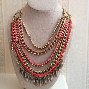 Stella & Dot Carmen Statement Necklace-never worn