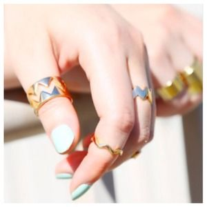 Gold Chevron Midi Knuckle Ring Set