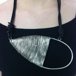Style Mafia Jewelry - Wired Necklace