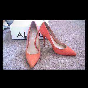 Aldos sexy orange heels!