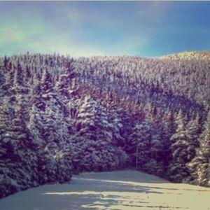 Hi! 💗Back Feb. 25th..hitting the slopes..🏂